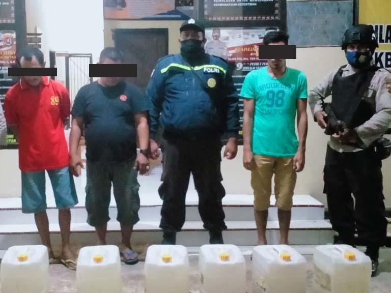 Laksanakan Operasi Pekat, Polsek Ambuau Indah Buton Sita Puluhan Liter Miras