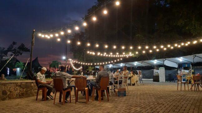 Foto: Spot Kuliner Ramadan di Kendari Water Sport