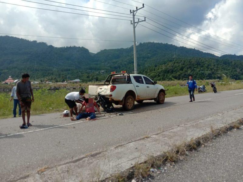 Pengendara Motor Tabrak Mobil Mogok di Kolaka Utara