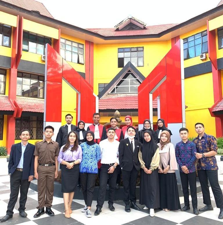 Raih Juara Harapan I, KPS FH-UHO Harumkan Nama Universitas di Ajang NMCC 2021