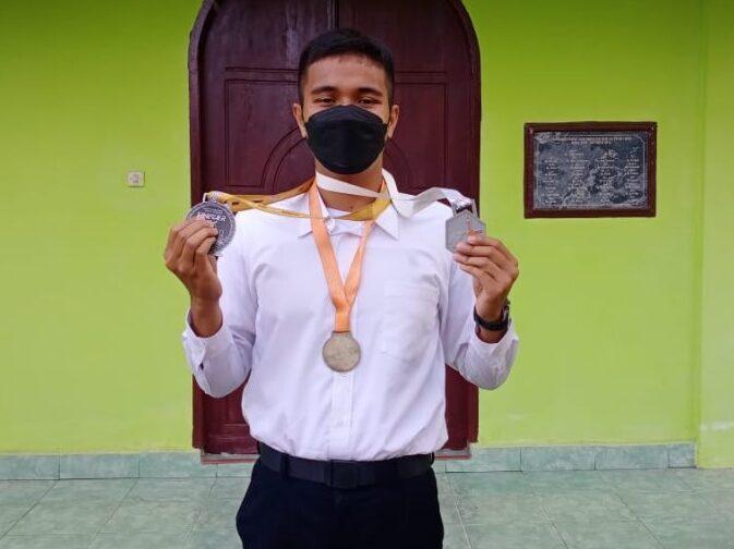 Muhammad Nur Akbar.