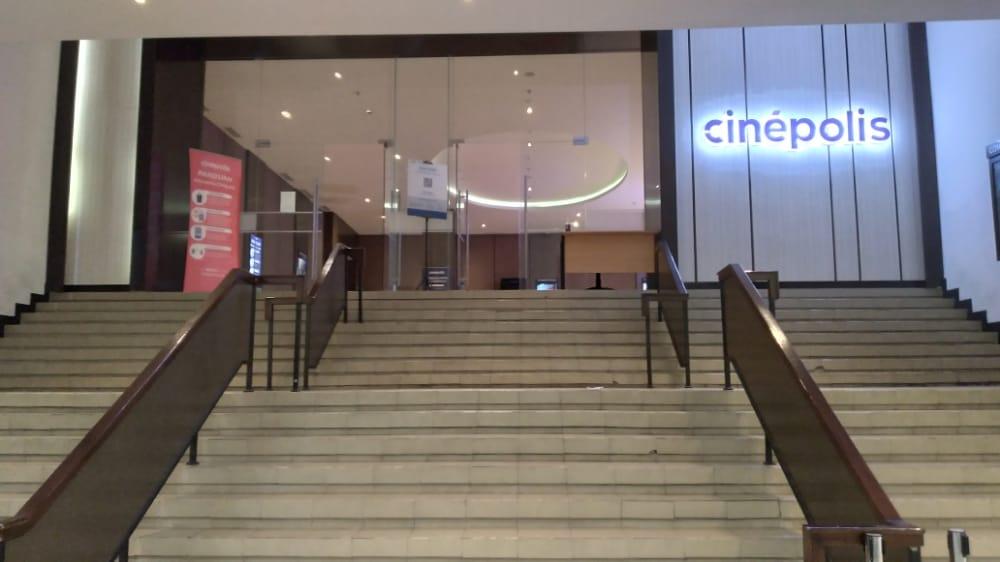 Cinepolis Lippo Plaza Kendari. Foto: Yusrin Ramadhan/Kendariinfo. (16/9/2021).